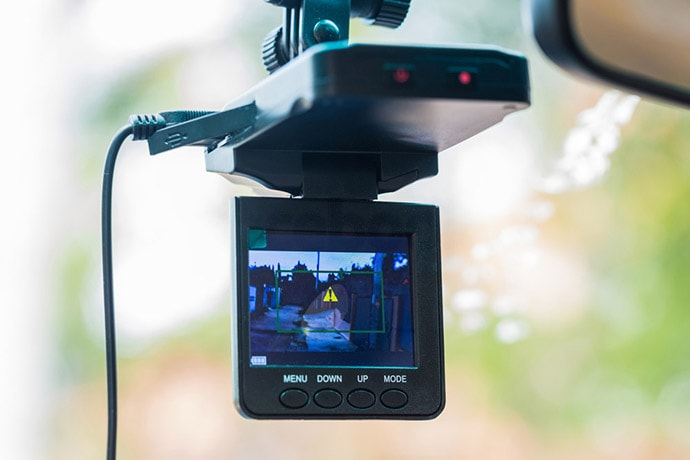 Pros and Cons of a Dash Cam
